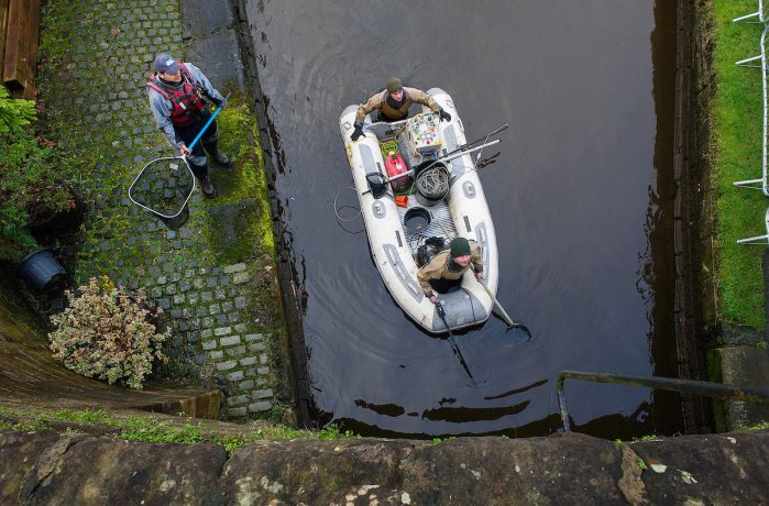 Fish rescue_Union Canal, Scotland